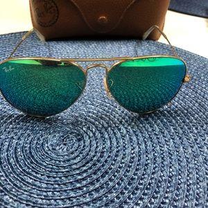 Sunglasses Authentic